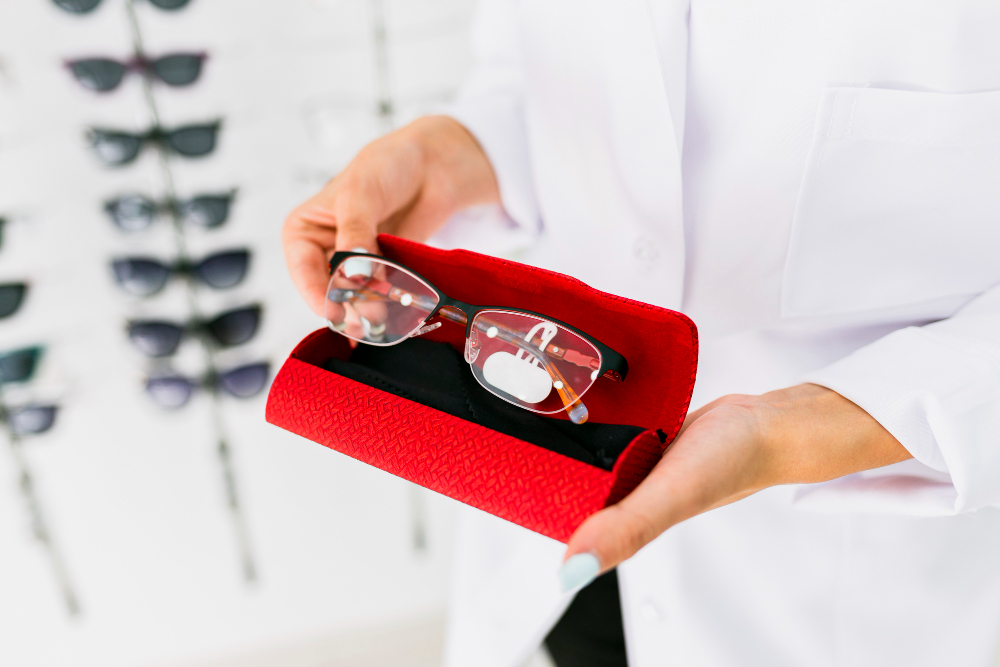 كيفية استخراج ترخيص محل نظارات في مصر